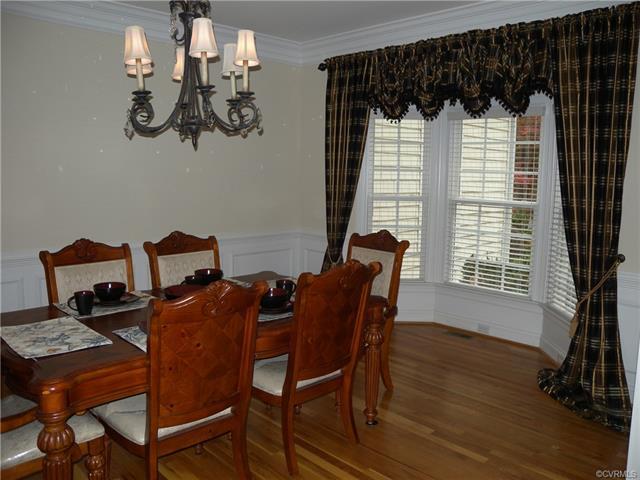 13512 Corapeake Pl dining room