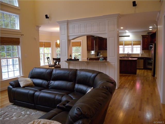 13512 Corapeake Pl living room3